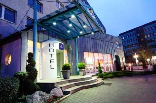 Hotel Arcadia Bottrop voorkant