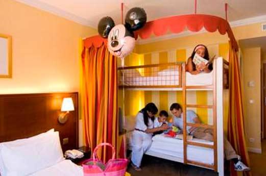 Hotel Vienna House Magic Circus hotelkamer
